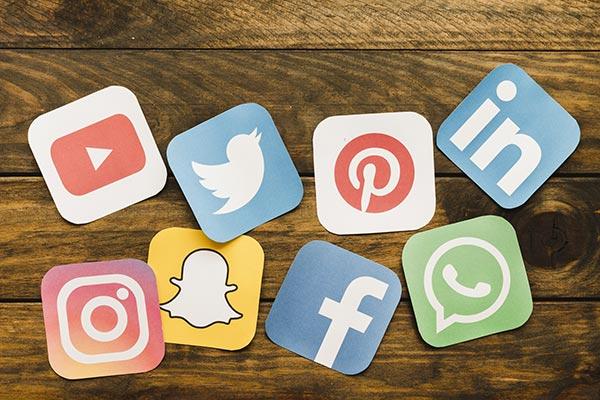 social-media-batiment